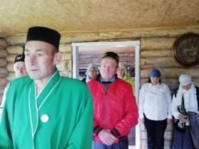 В сельском поселение Ермолкинский сельсовет в д Баймурхино жители отпраздновали праздник Курбан байрам